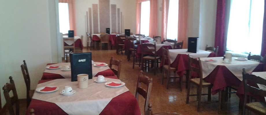 pizzeria-ristorante-malcesine-interno-09.jpg